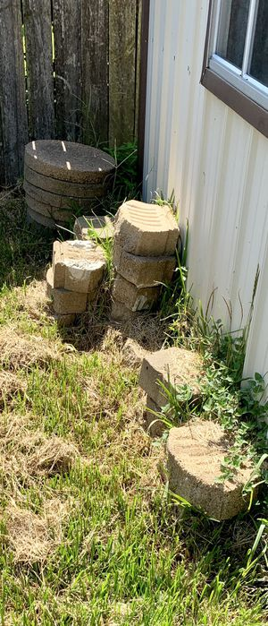 FREE!!! Landscaping/Retaining Wall Blocks Bricks for Sale in Beaumont, TX