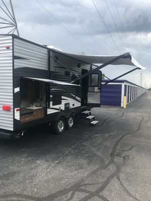2017 KEYSTONE SPRINGDALE 26FT for Sale in Columbus, OH