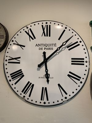 Big antique wall clock for Sale in San Tan Valley, AZ