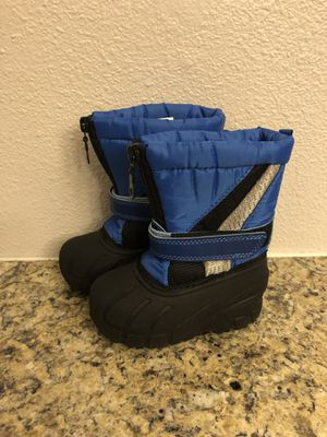 Koala Kids Snow Boots Size 5 for Sale in Tigard, OR