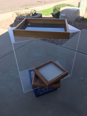 Display cases FREE! Must take all please!!! for Sale in Glendale, AZ