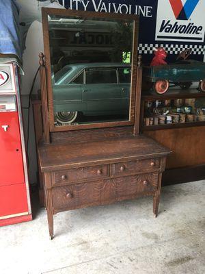 Dresser for Sale in Leo, IN
