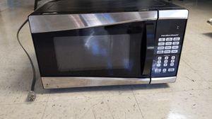 900 Watt Microwave for Sale in Carlsbad, CA