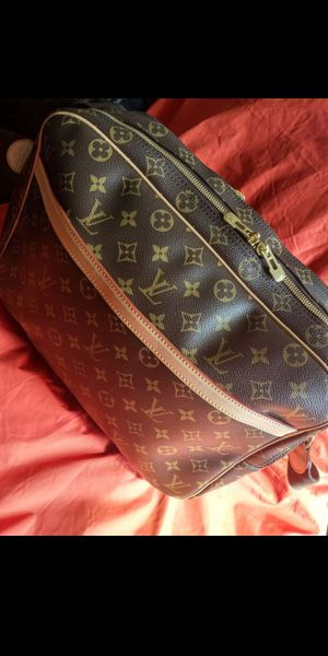 100% Authentic LV Bag Louis Vuitton Bag for Sale in Boston, MA