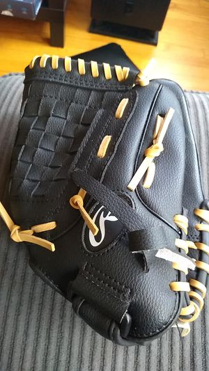Rawlings Baseball Glove for Sale in Chicago, IL