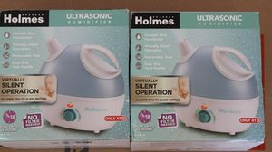 Holmes Ultrasonic 18hour Run Time Humidifier for Sale in Orland Park, IL