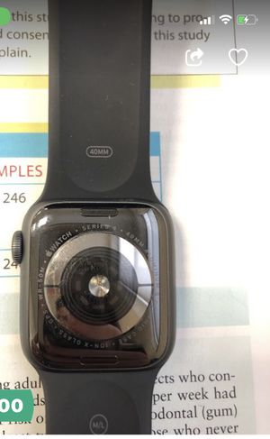 Apple Watch series 4 44mm for Sale in Chamblee, GA