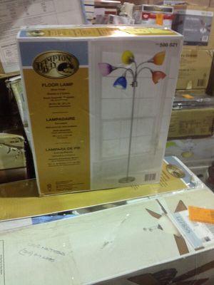 Hampton Bay floor lamp for Sale in Phoenix, AZ