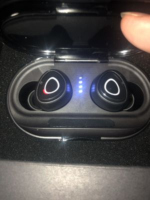 Black wireless earbuds $25 for Sale in North Las Vegas, NV