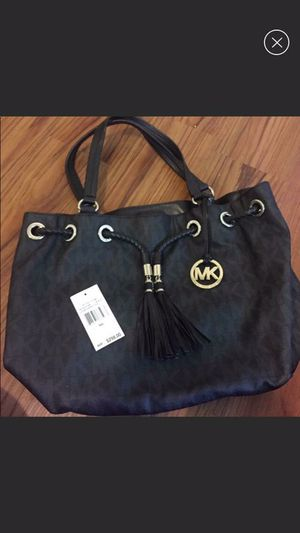 Authentic Michael kors gathered tote for Sale in Pittsburgh, PA