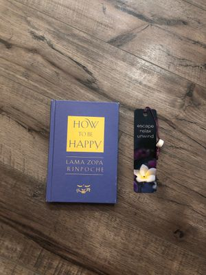 How to be happy book with bookmark for Sale in Oak Lawn, IL