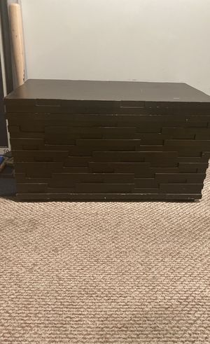 Modern Style Trunk for Sale in Los Angeles, CA