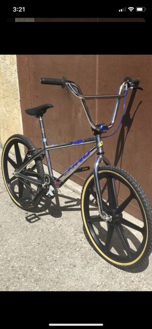 Dyno 24 inch cruiser new mags gt bmx for Sale in Downey, CA
