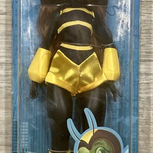 "DC Super Hero Girls ""Bumble New"" Doll for Sale in Pompano Beach, FL"