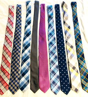 9 Name Brand Ties with Bonus Tie Closet Holder for Sale in Huntington Beach, CA