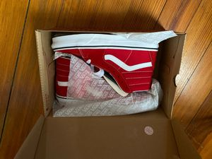 Sk8-Hi. Racing Red/True Withe Vans for Sale in Providence, RI