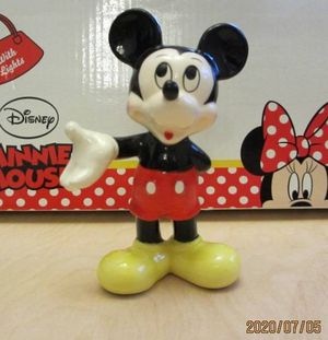 LOT of 13 Disney Minnie and Mickey Mouse Porcelain Figurines .The tallest one is 4 inches. for Sale in Hazel Park, MI