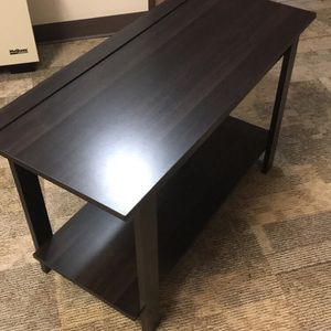 Wood Tv Stand Great Condition for Sale in Lakewood, WA