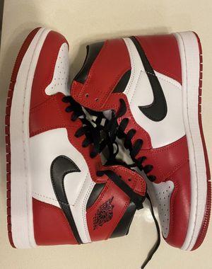 Jordan 1 retro Chicago 2015 for Sale in Charlotte, NC