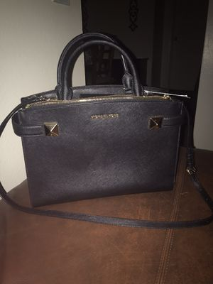 Michael kors new with tags for Sale in East Wenatchee, WA