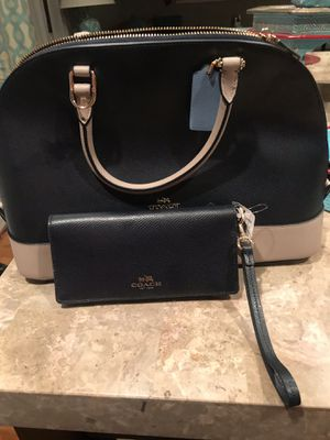 Brand new Coach bag still with tags + Coach wallet for Sale in Fort Washington, MD