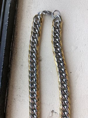 Anthony Jacobs Gold/Silver Plated Chain for Sale in Salinas, CA
