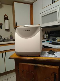 Hamilton beach Bread maker for Sale in Jefferson City,  MO