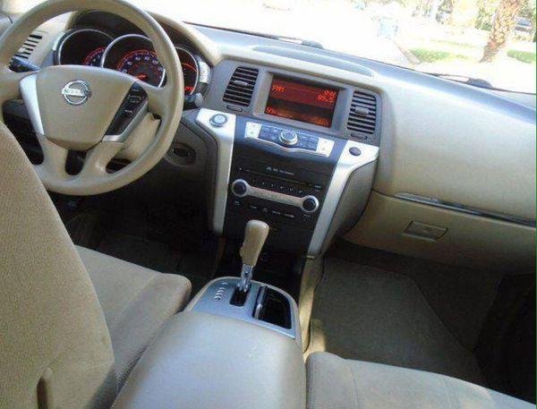 Nissan Mureno 2010