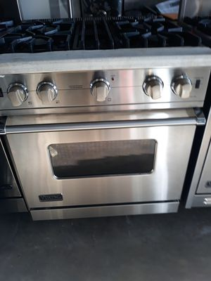 VIKING PROFESSIONAL STOVE AUTOMATIC RE IGNITION for Sale in Hayward, CA