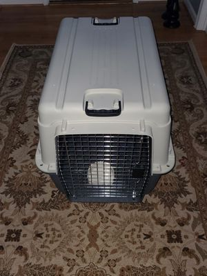 SportPet Designs Plastic Kennels Rolling Plastic Wire Door Travel Dog Crate for Sale in Highland Beach, MD