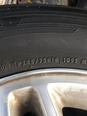 Jeep wheels and tires for Sale in Rancho Cucamonga, CA