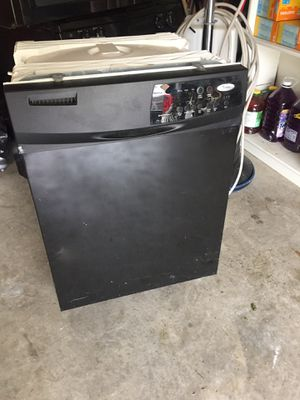 Refrigerator dishwasher microwave and gas stove for Sale in Nashville, TN
