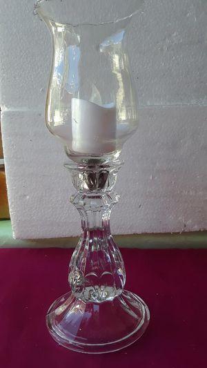 Hermoso candelabro es home interiors , no incluye la vela. for Sale in Downey, CA