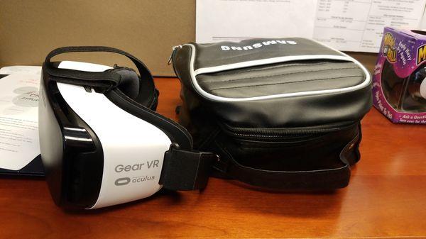 Samsung Gear VR Oculus with case
