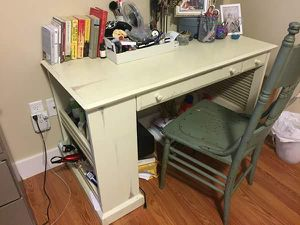 Desk for Sale in Baltimore, MD