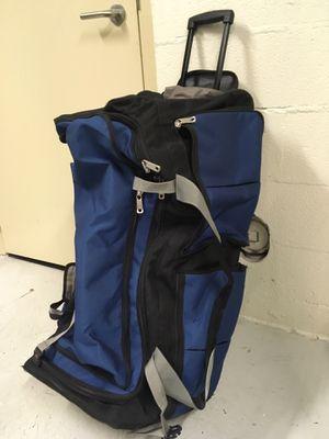 Duffle traveling bag with wheels- Atvalon for Sale in Arlington, VA