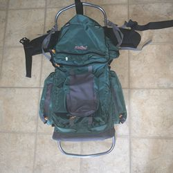 Jansport Hiking Large Aluminum Frame Camping backpack for Sale in Raleigh,  NC