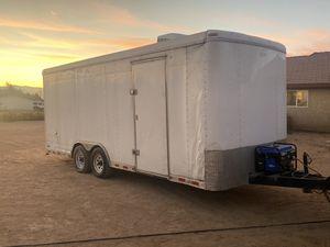 20' enclosed box trailer for Sale in Hesperia, CA