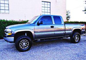 ֆ12OO 4WD Chevrolet Silverado 4WD for Sale in Rogers, MN