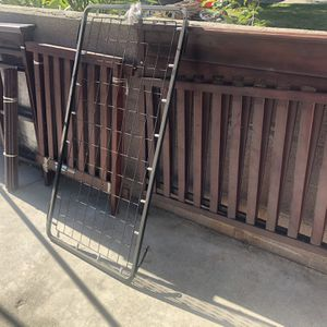Free Crib And Changing Table for Sale in Fontana, CA