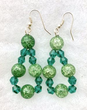 beautiful fashion earring/Christmas earring/handmade earrings for Sale in Milpitas, CA