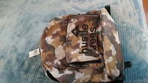 LRG HUSTLE TREES BACKPACK CAMO for Sale in San Diego, CA