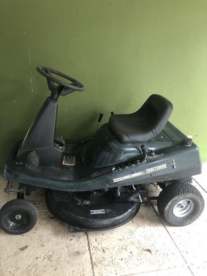 Sears craftsmen riding lawn mower for Sale in Fort Lauderdale, FL