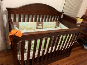 Crib,changing table,mattress and bumper for Sale in Jersey City, NJ