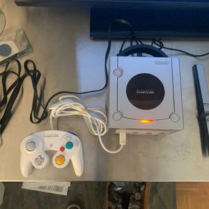 Official Nintendo GameCube for Sale in San Diego, CA