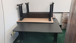 6 desk-type tables for Sale in Houston, TX