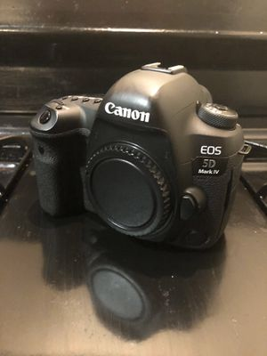 Canon 5D Mark IV - Great Condition for Sale in Washington, DC