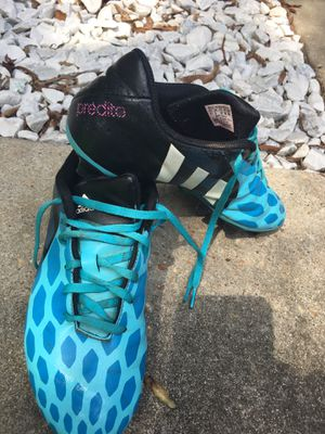 Soccer cleats size 8.5 for Sale in Fort Rucker, AL