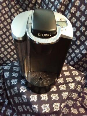 Keurig coffee maker for Sale in St. Louis, MO