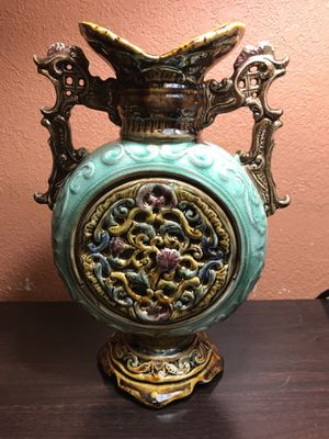 Majolica Vase for Sale in Kennesaw, GA